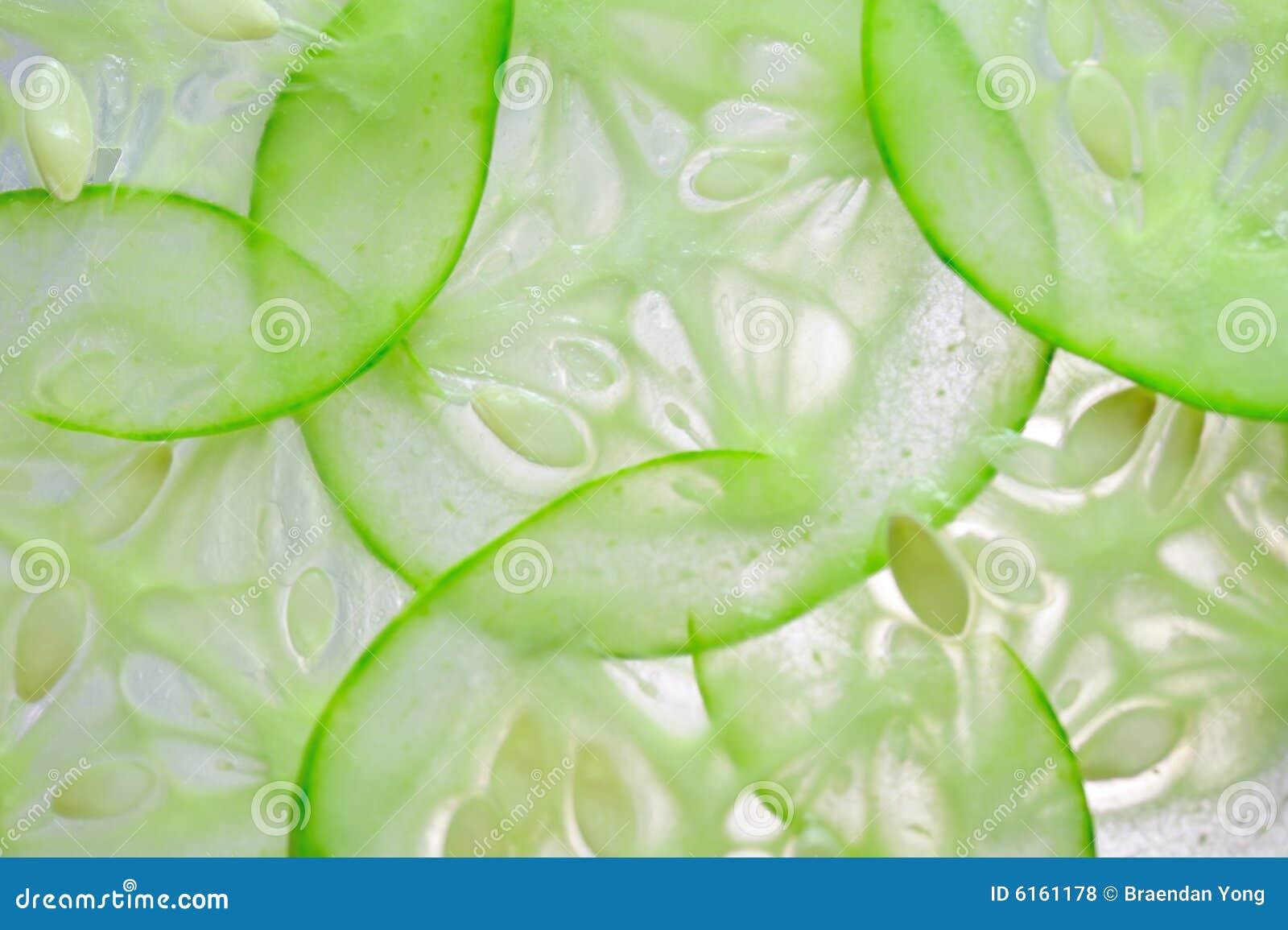 Parts fraîches de concombre