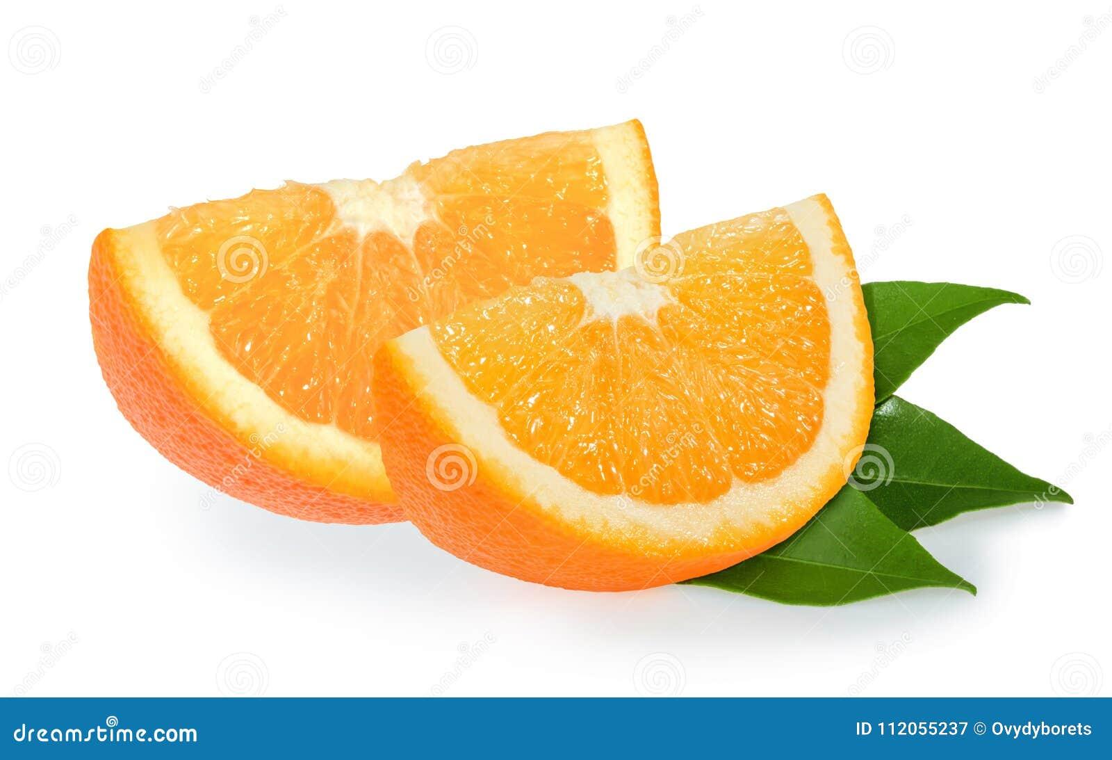 Parts oranges d isolement sur le blanc