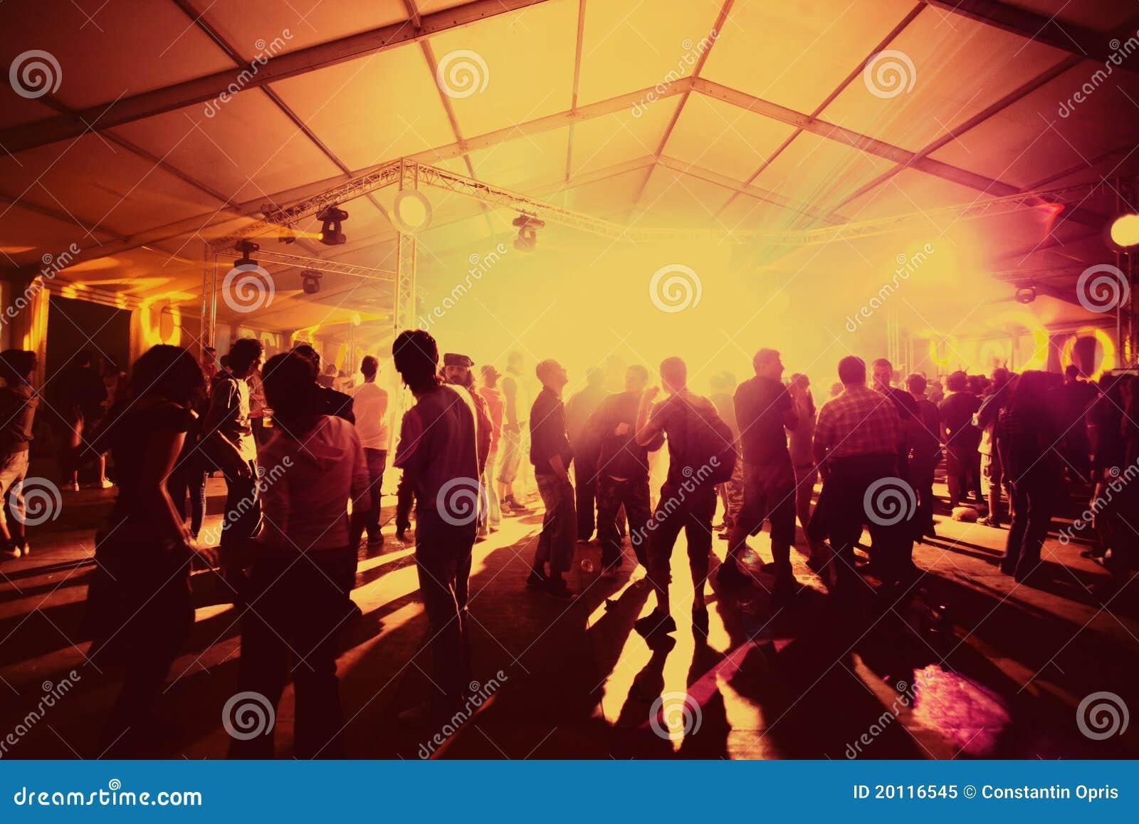 Party el baile de la gente