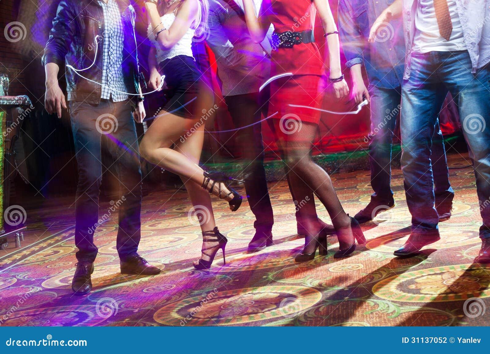 video hot orgy continue in dance nightclub