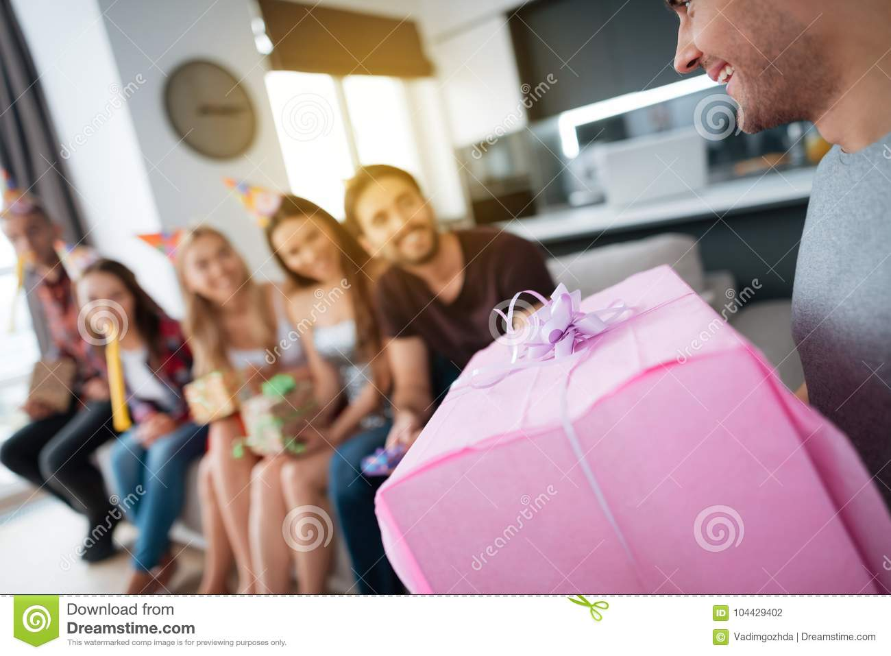What to give for a birthday girl 64