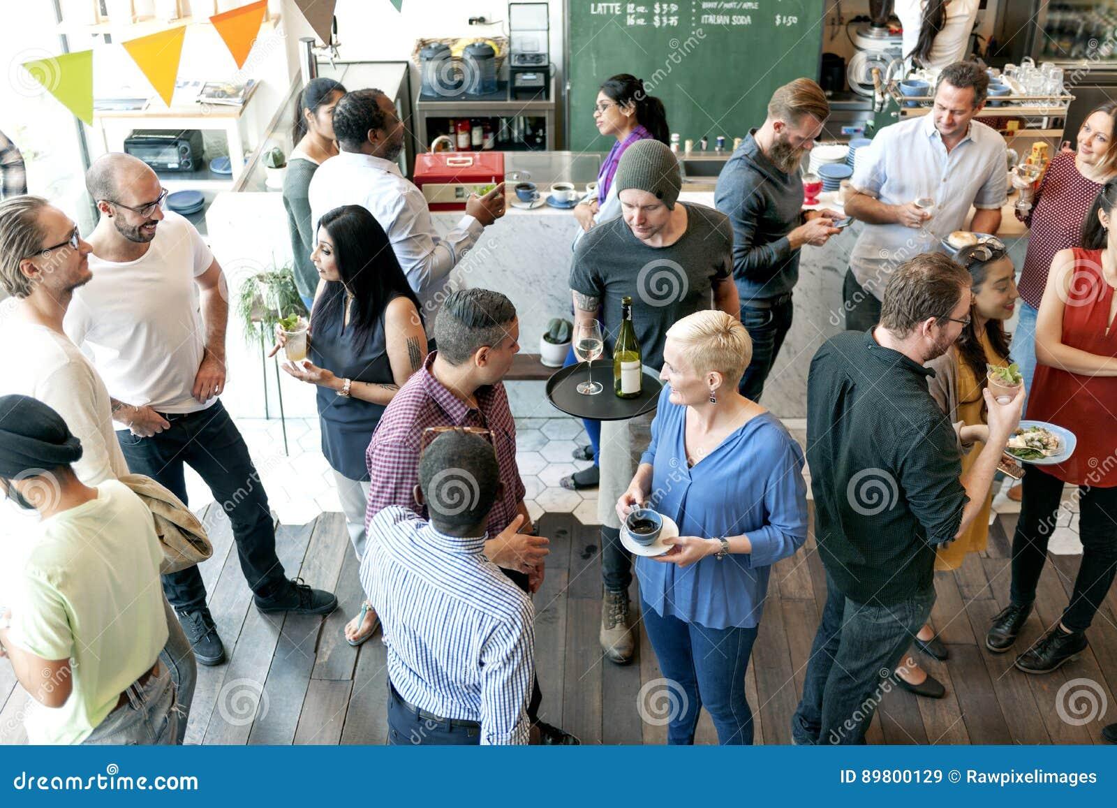 Partyjni ludzie Komunikacyjnego Opowiada szczęścia pojęcia