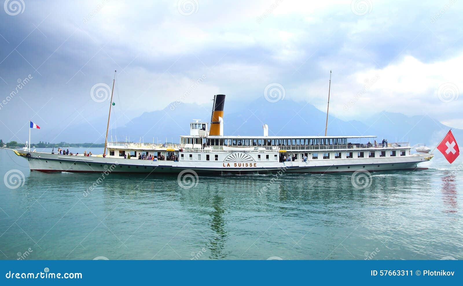 Pasażery na statku wycieczkowym