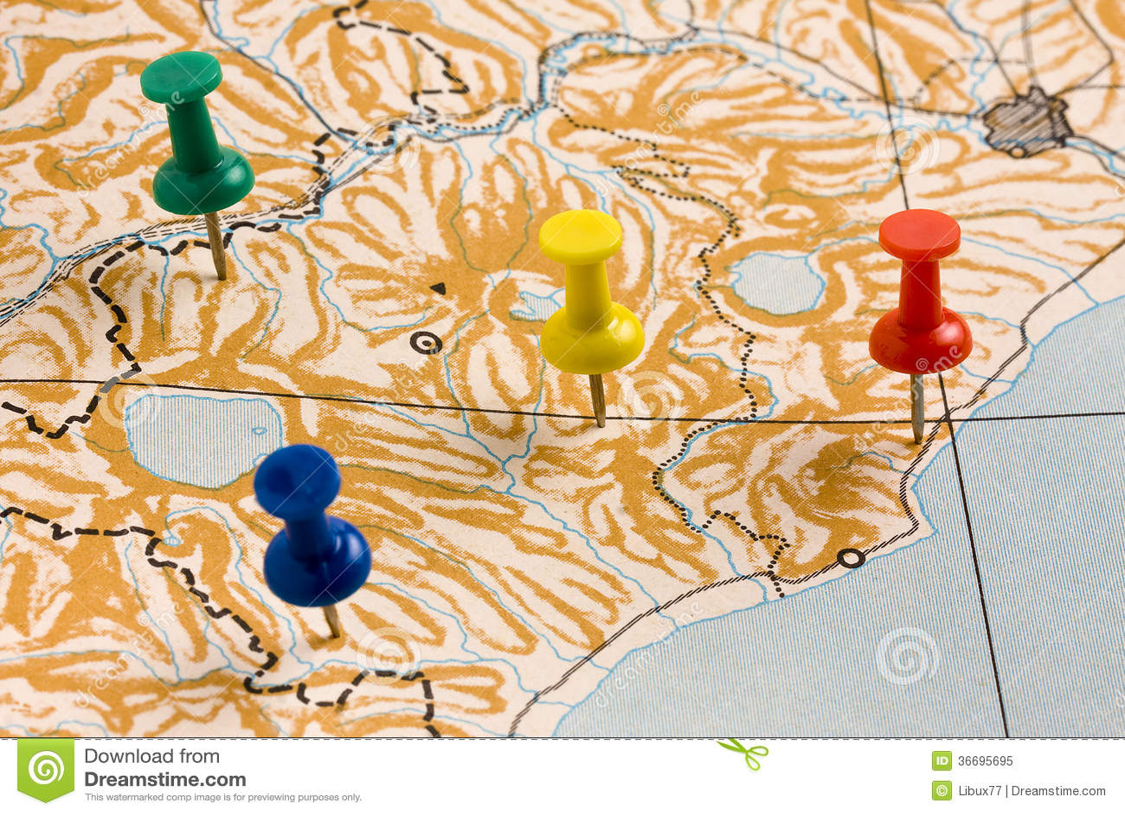 Pasadores en mapa anónimo