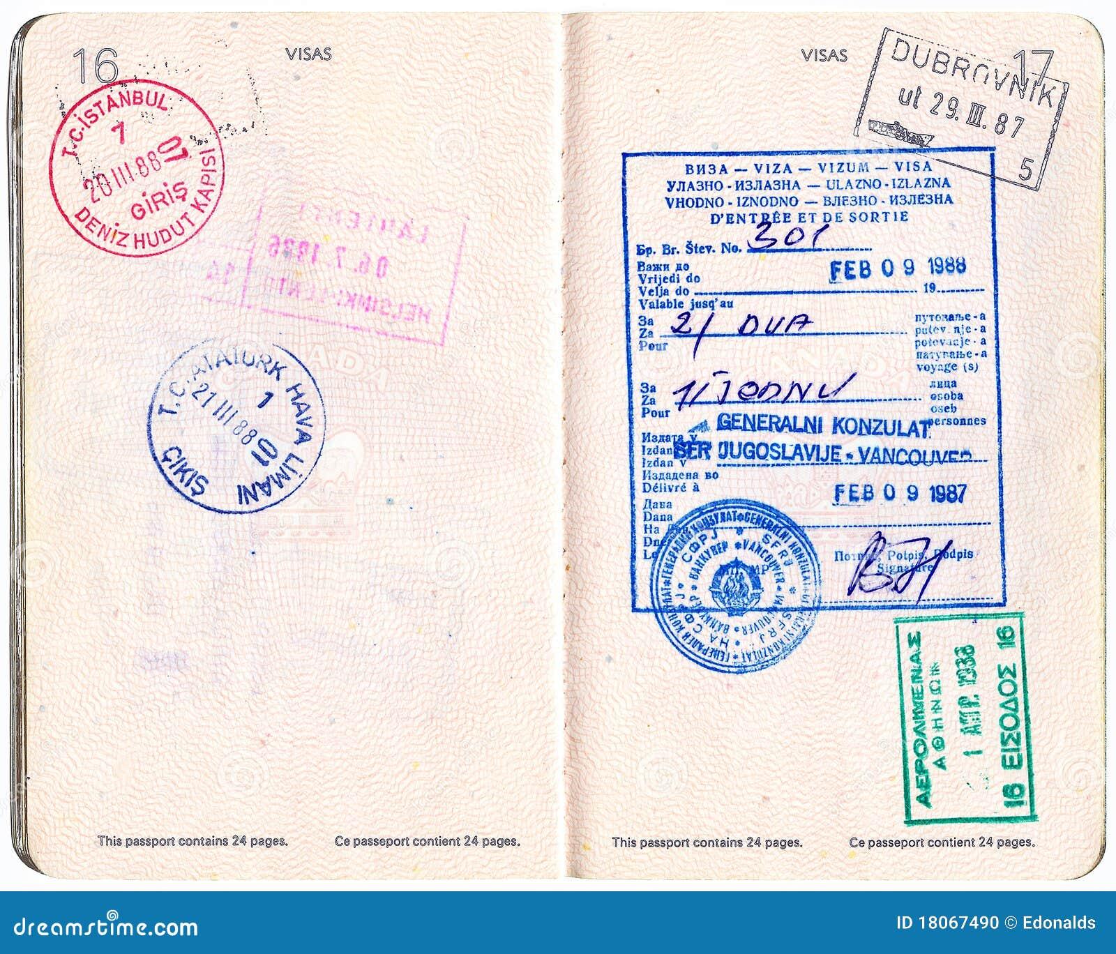 Pasaporte Canadiense Con Visa Y Los Sellos Foto de archivo ...