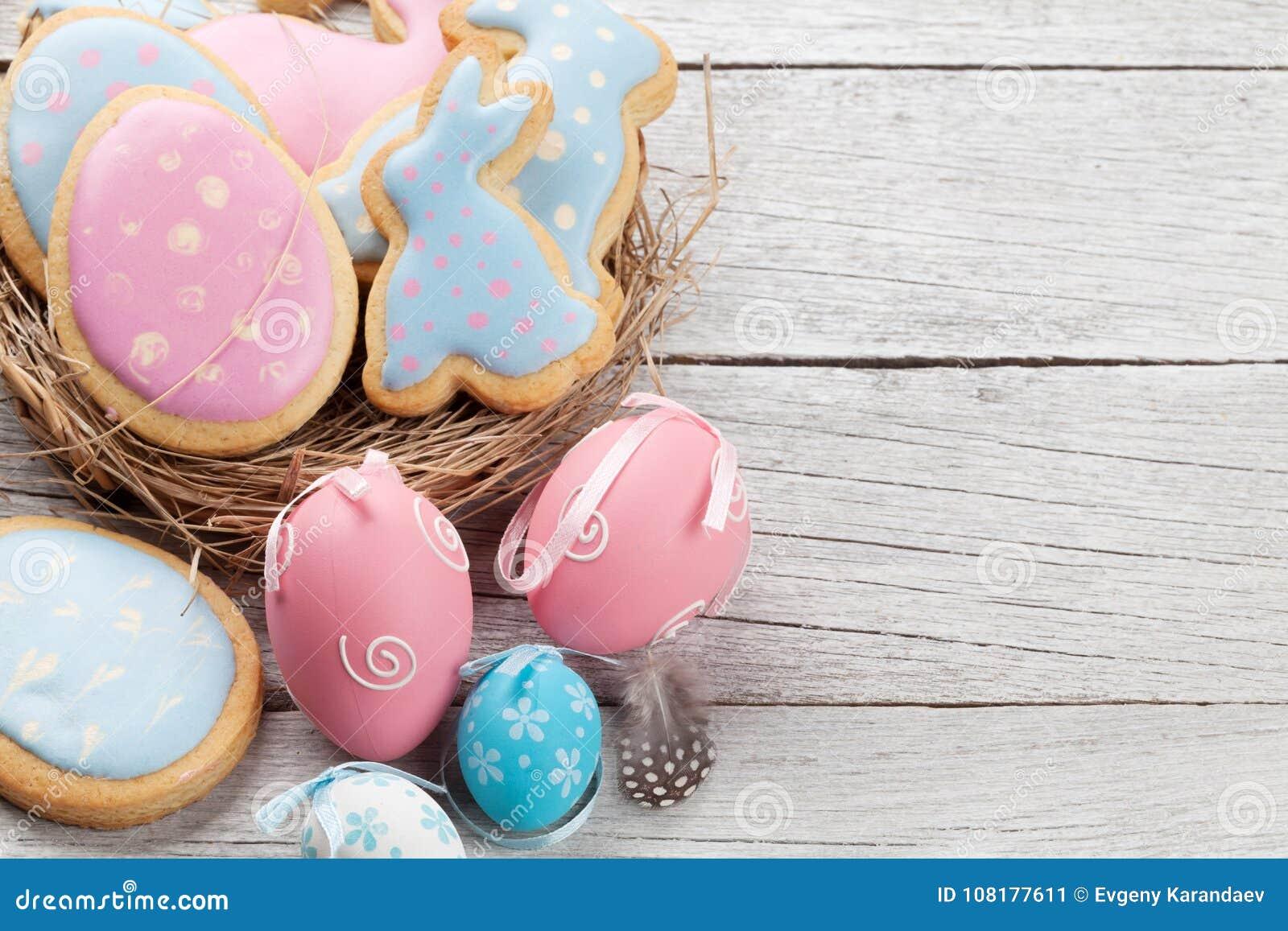 Pasen-peperkoekkoekjes en eieren