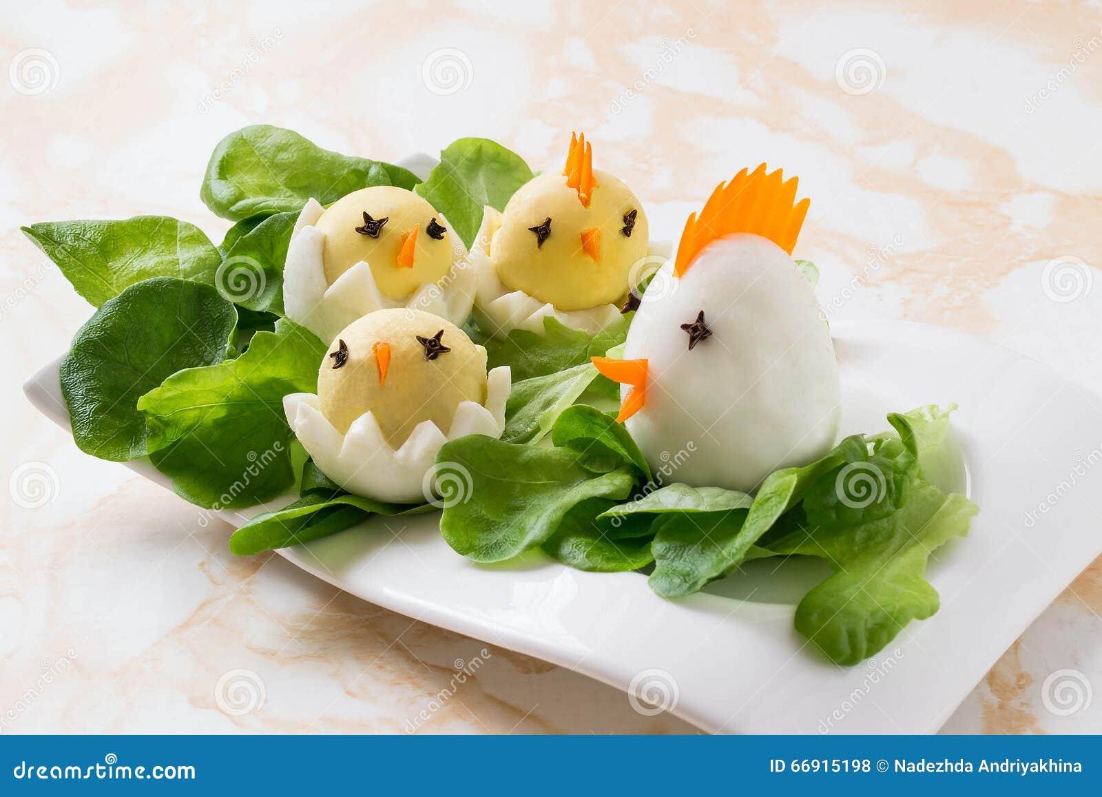 Pasen voorgerecht van gekookte eieren stock foto afbeelding 66915198 - Ontwerp voorgerecht ...