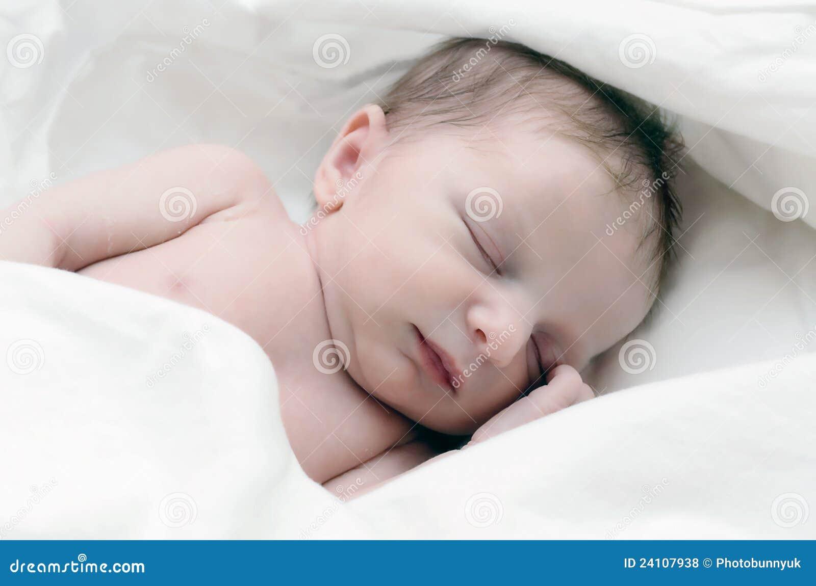 Pasgeboren Zuigeling