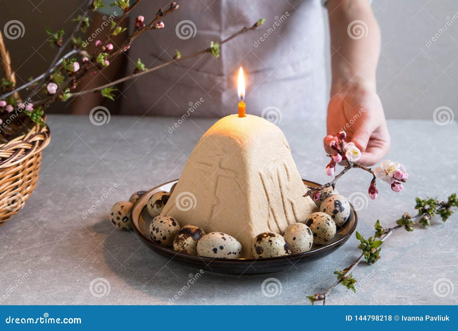 Paskha e kulich, P?scoa ortodoxo tradicional Quark Dessert Curd Fundo de Easter Bolo de queijo tradicional da casa de campo