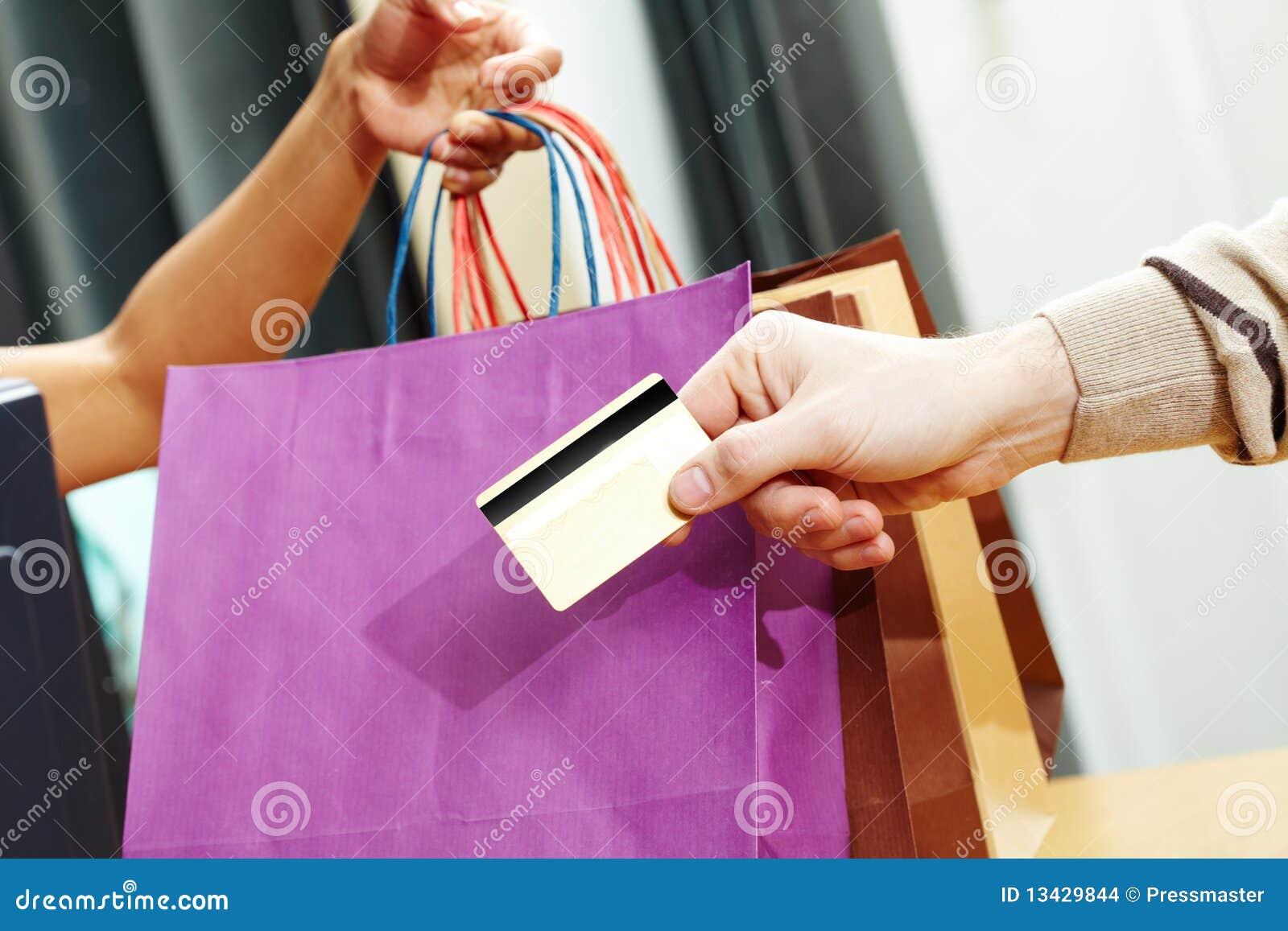 Paso de la tarjeta de crédito