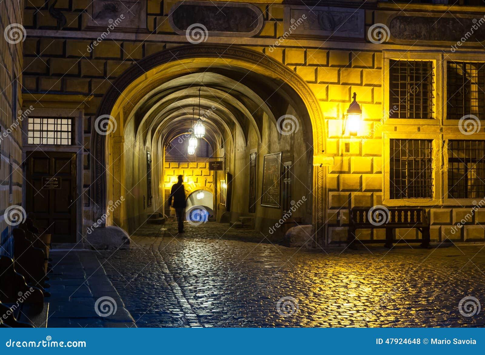 Passage för Cesky Krumlov slottborggård
