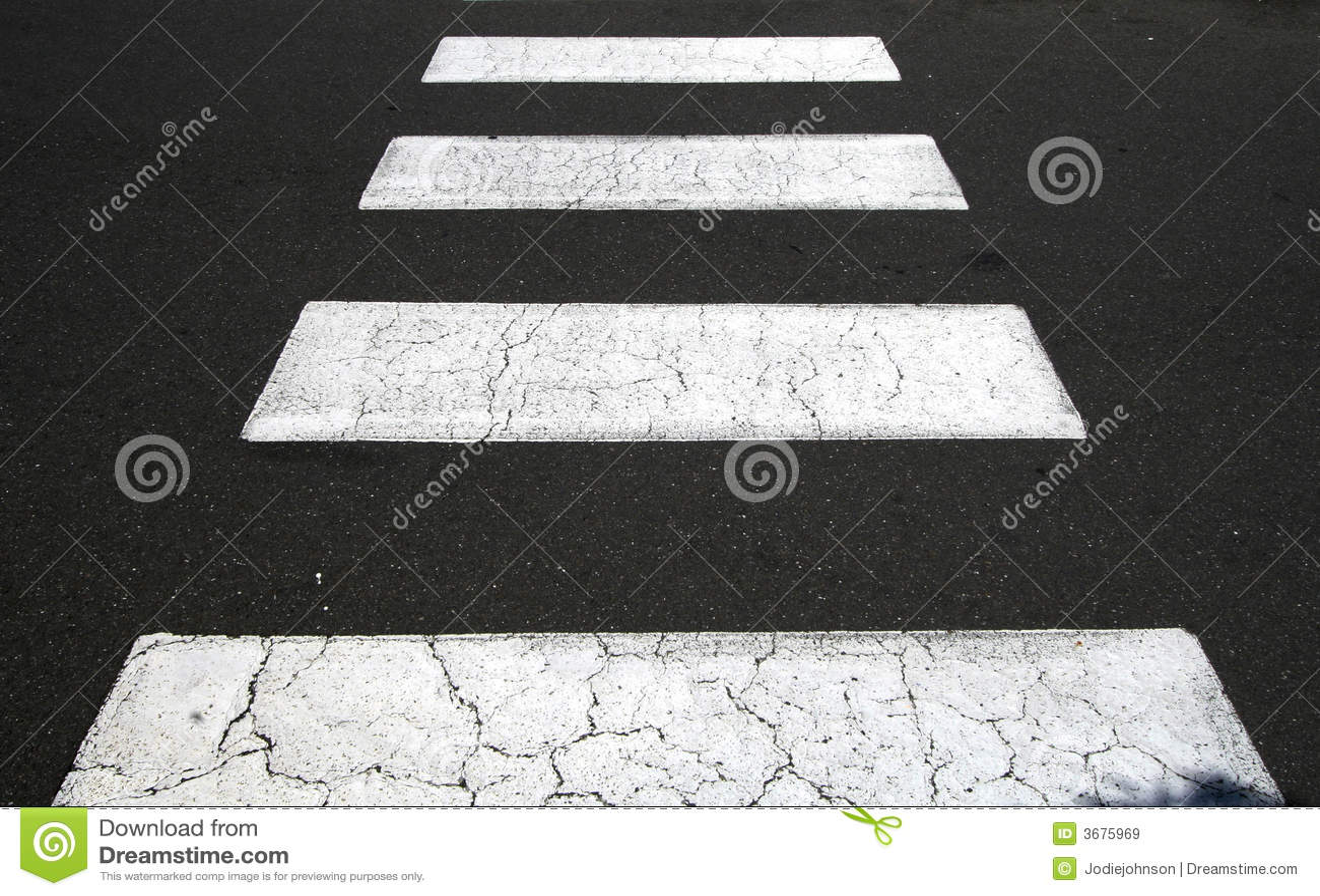 Download Passaggio pedonale immagine stock. Immagine di zebra, pedone - 3675969