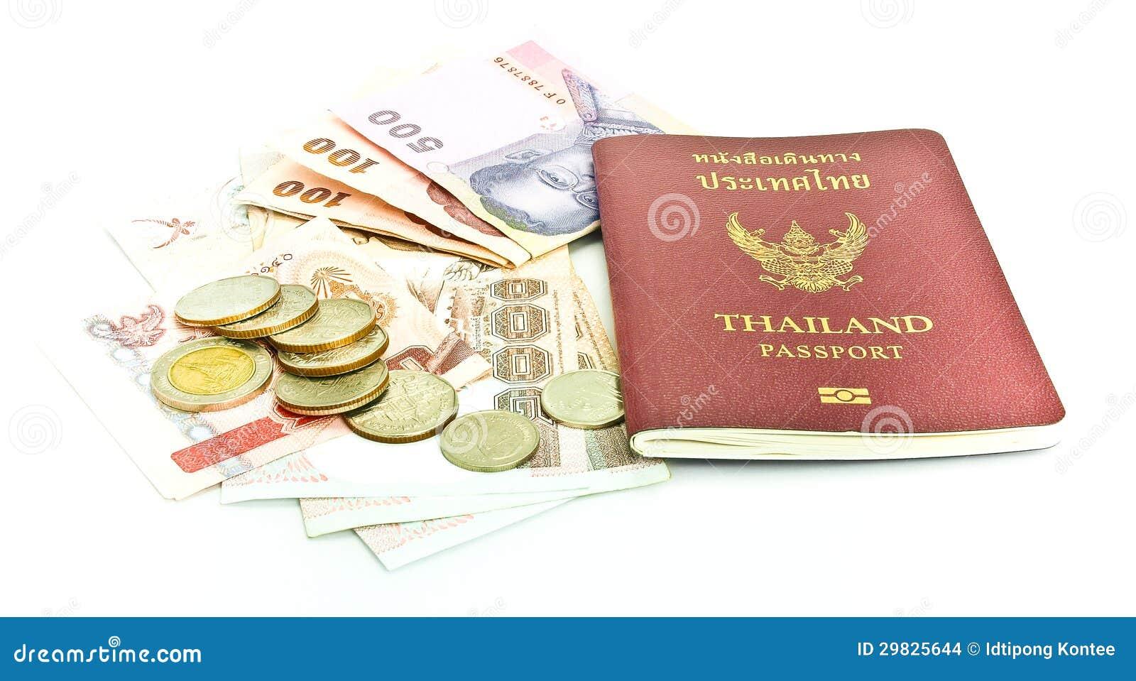Passaporte de Tailândia e dinheiro tailandês