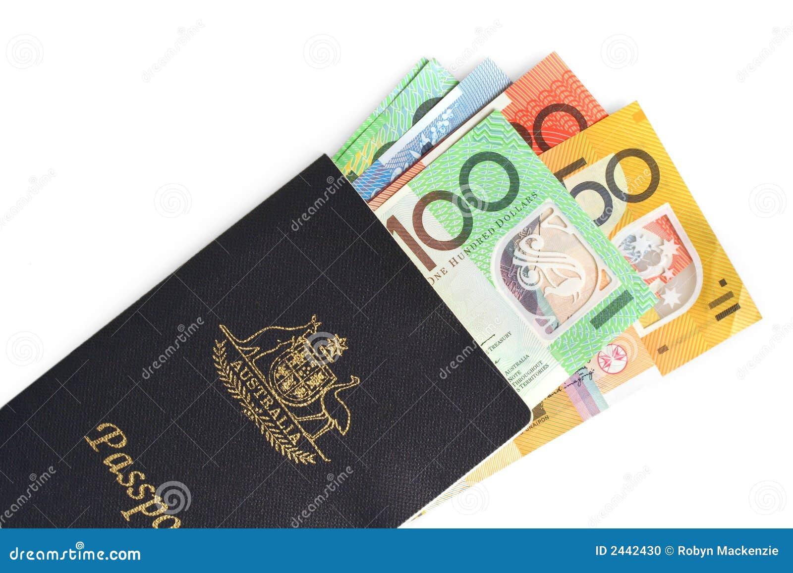 Passaporte e dinheiro australianos