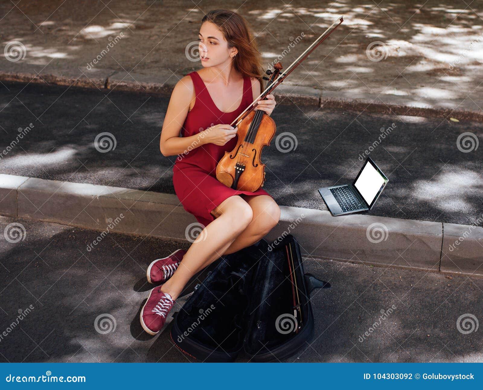 Passatempo da arte do desempenho musical da rua