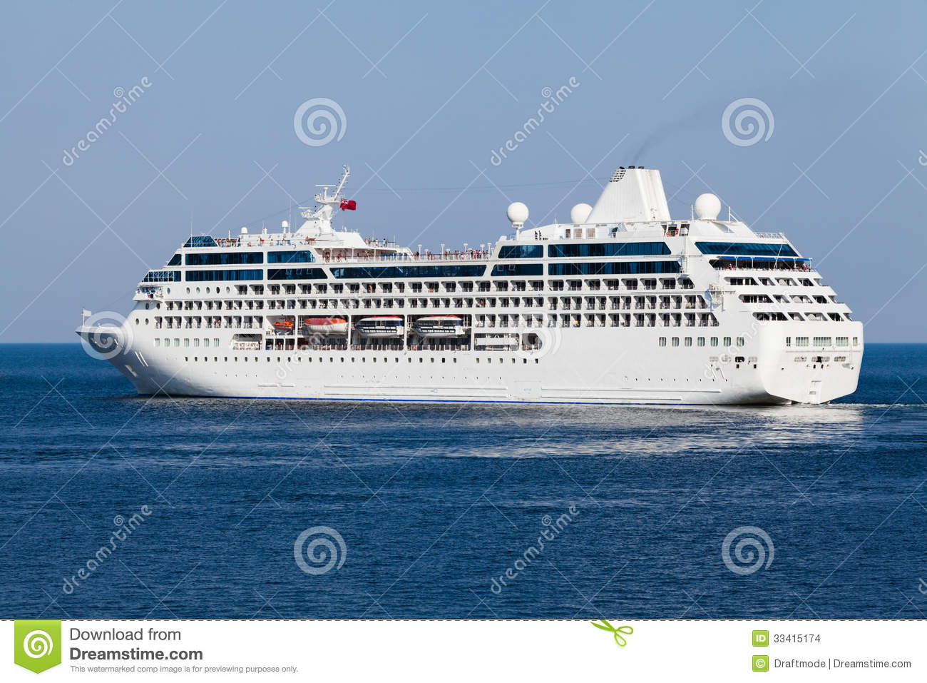 Passenger ship stock images image 33415174 for Passengers spaceship