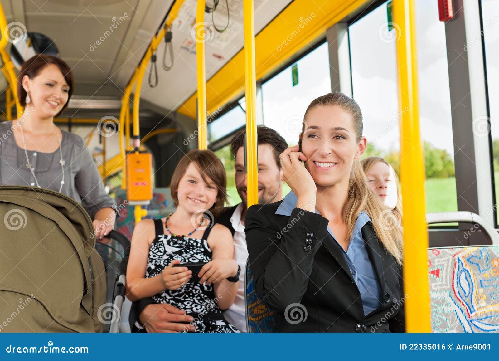 Чулки в автобусе 10 фотография