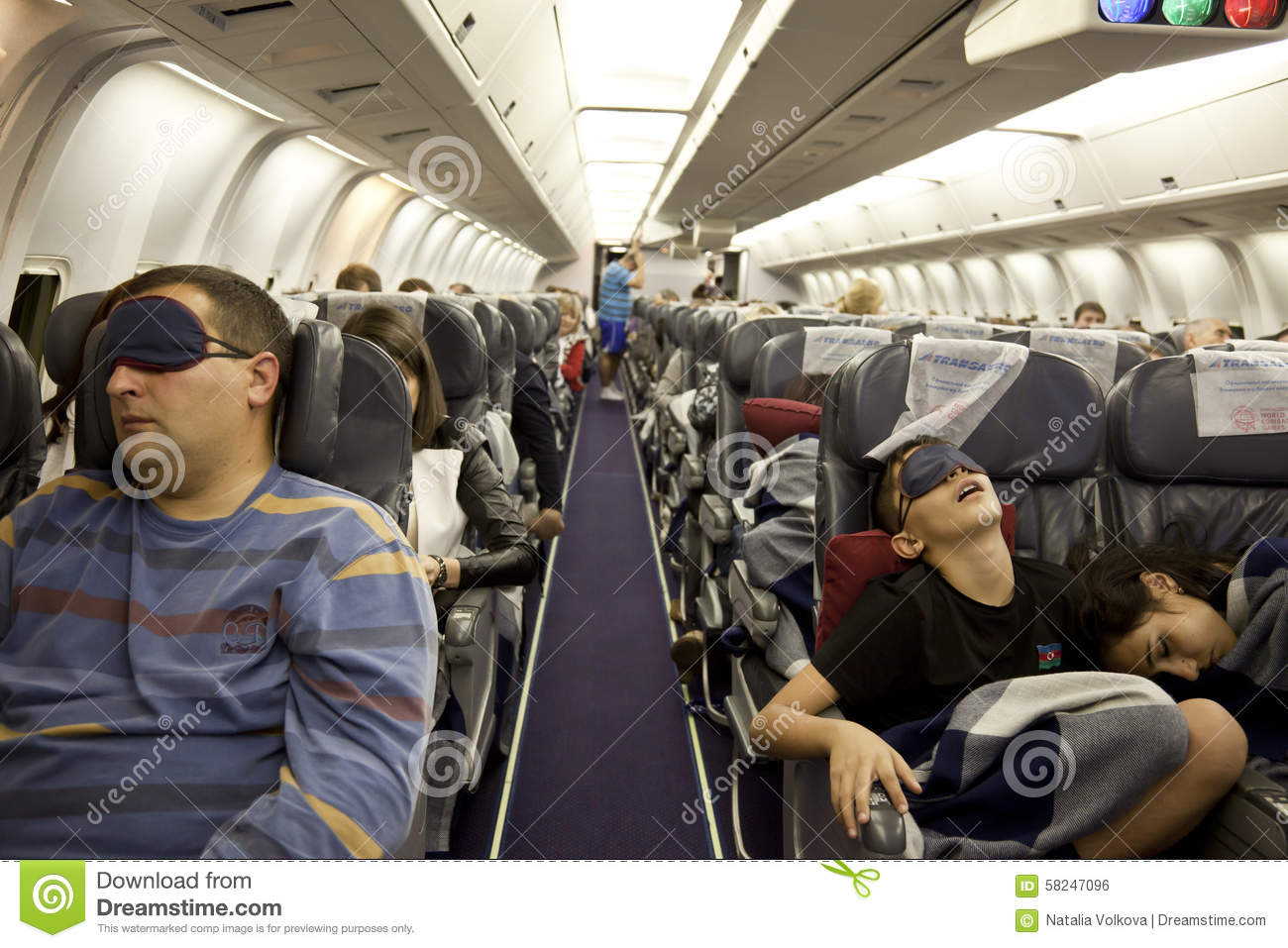 airline and passengers While passengers can personally file additional claims directly with the airline for expenses due to flight disruptions, the law is less clear on the details, leaving much more of the process up to the airline's discretion.