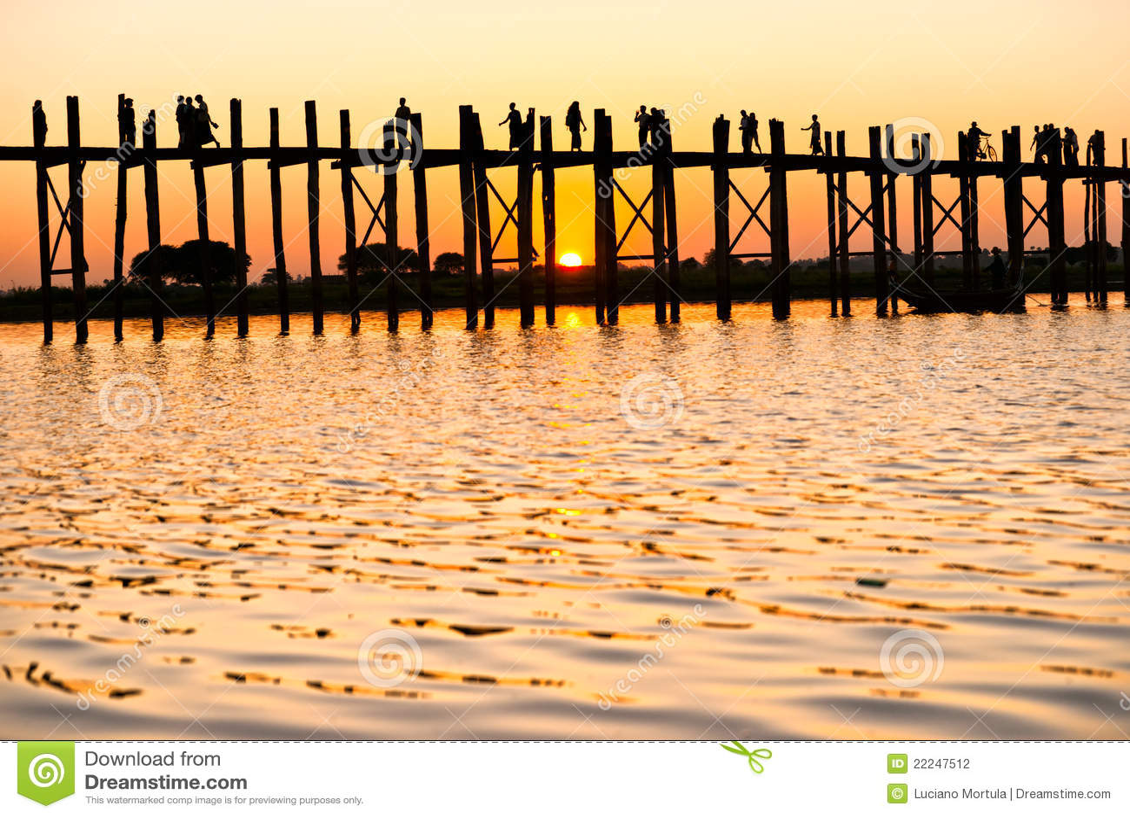 Passerelle de bein d U, Mandalay, Myanmar.