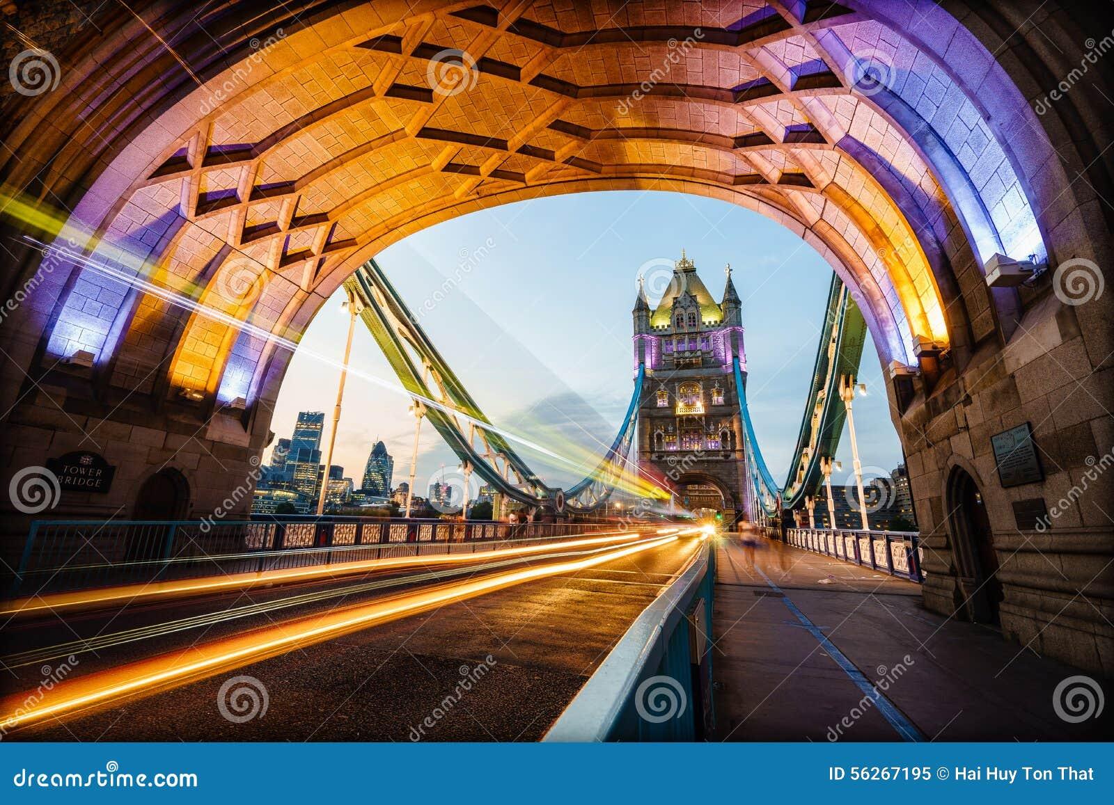 Passerelle de tour à Londres, Angleterre