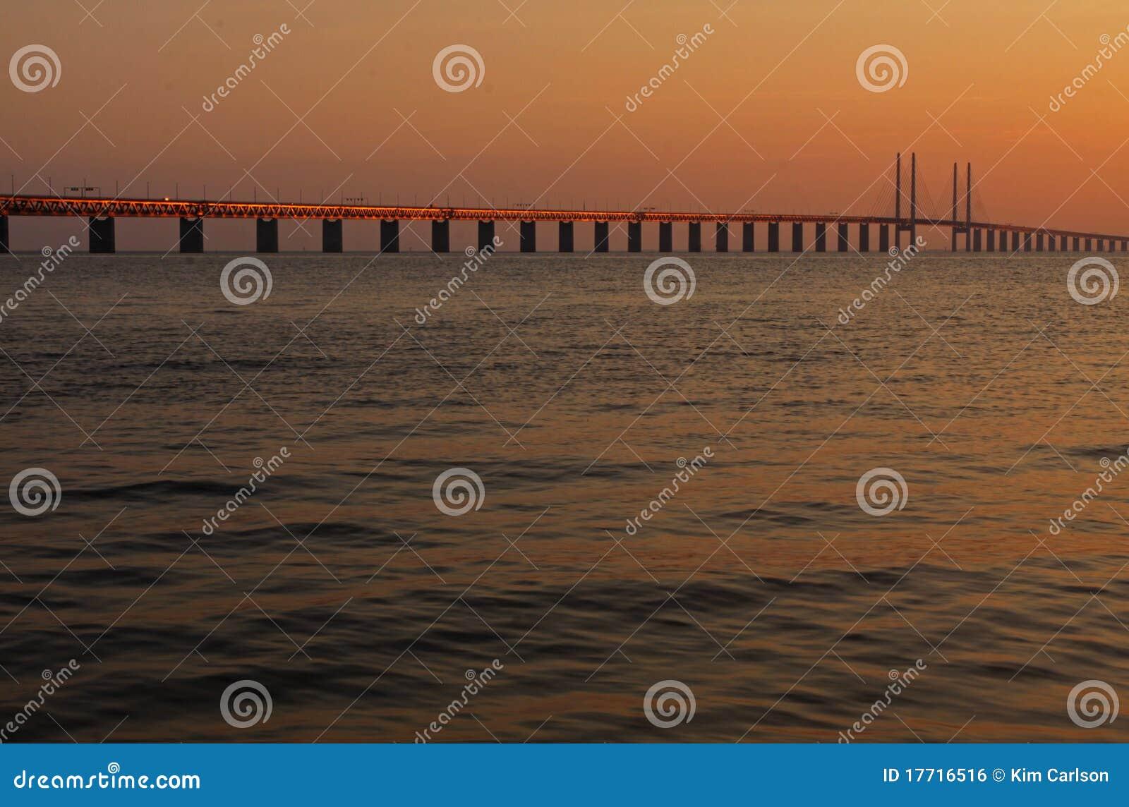 Passerelle entre le Danemark et la Suède