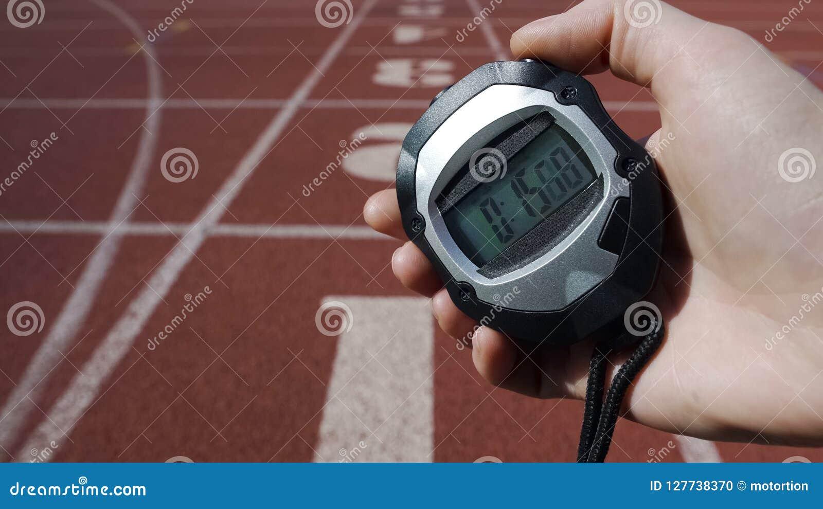 Passi a cronometro della tenuta con tempo 15 secondi, il cattivo risultato, guasto in concorrenza