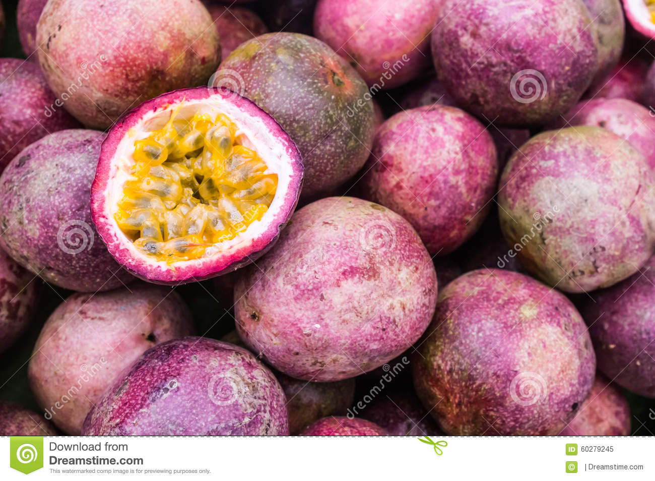 fruits with vitamin c passion fruit in spanish