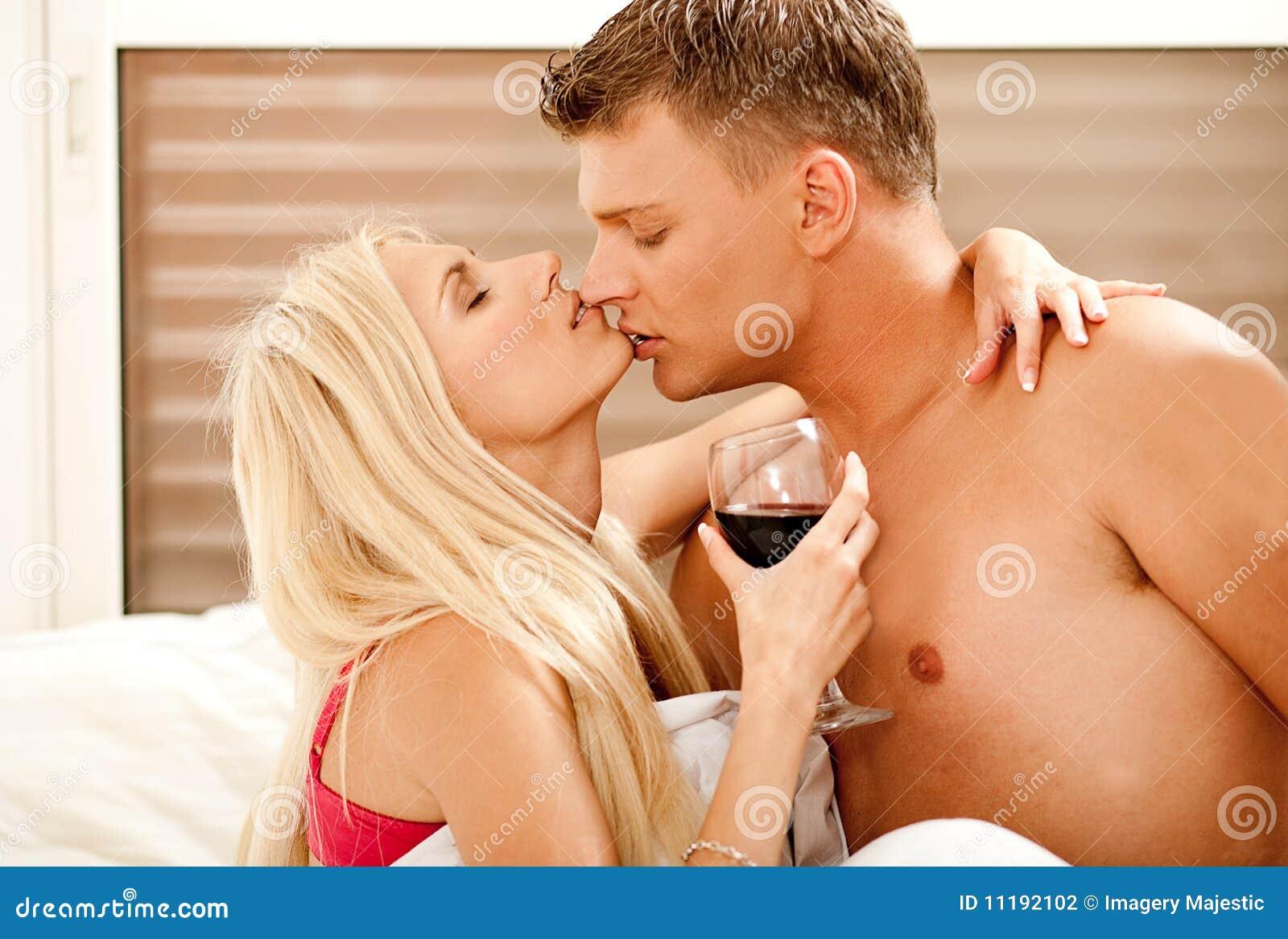 Смотреть любовники жен 16 фотография