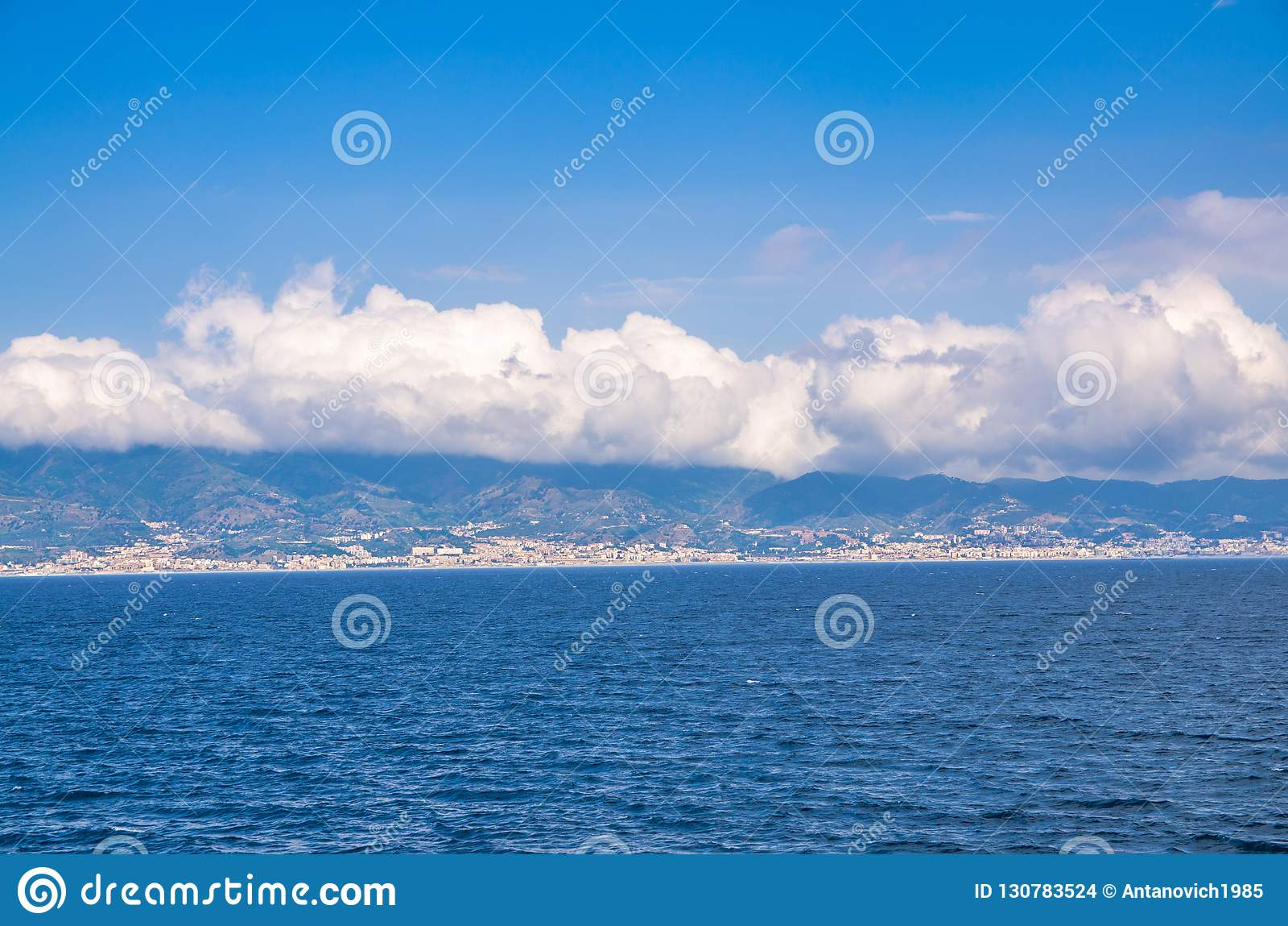 Passo de Messina, Reggio Di Calabria, Itália do sul