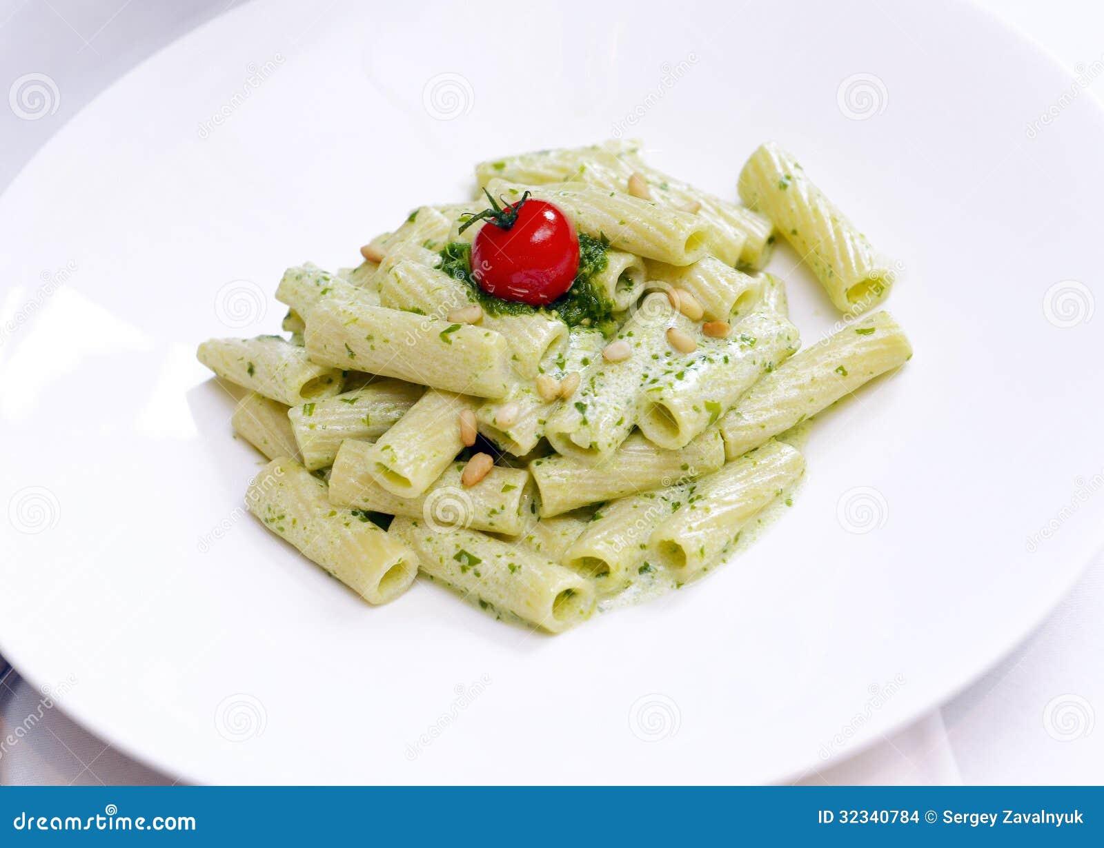 pasta med bechamelsås