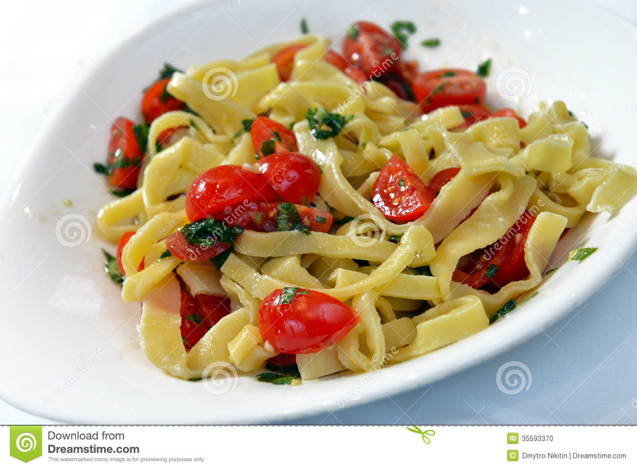 Pasta With Cherry Tomatoes And Basil Stock Photo - Image: 35593370