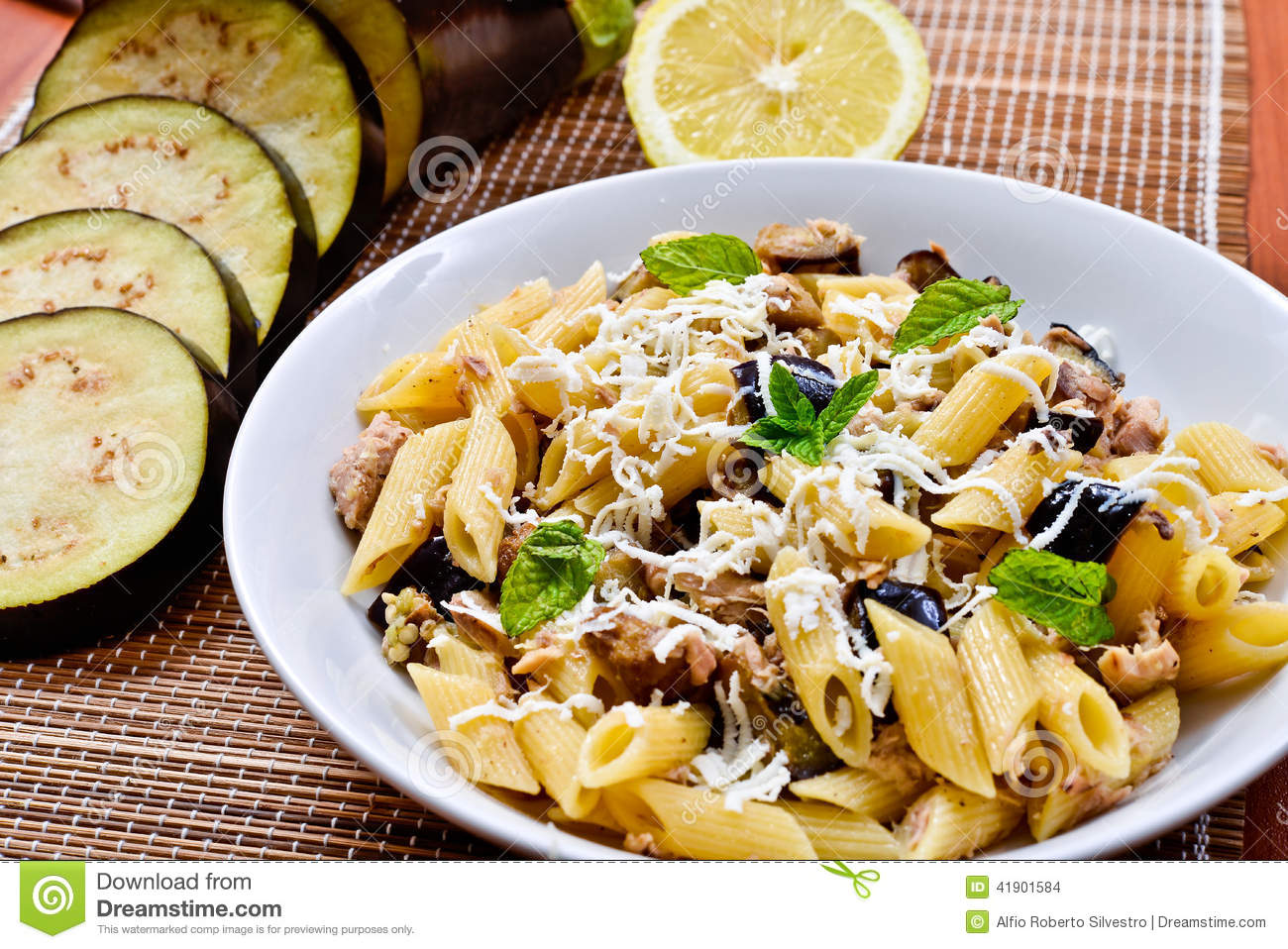 Pasta with eggplant tuna and mint stock photo image for Aubergine cuisine