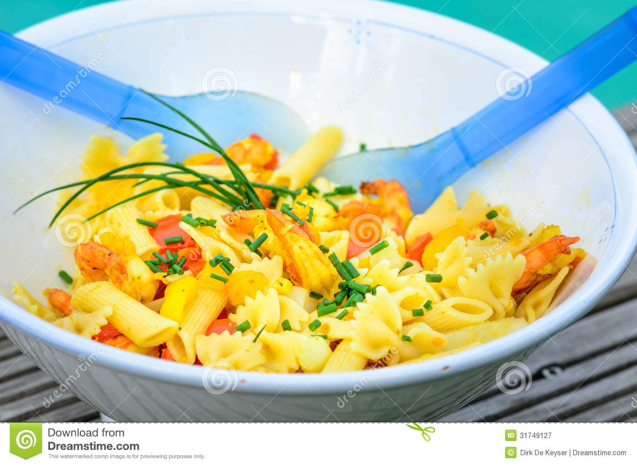 Royalty Free Stock Photography: Pasta salad with shrimps