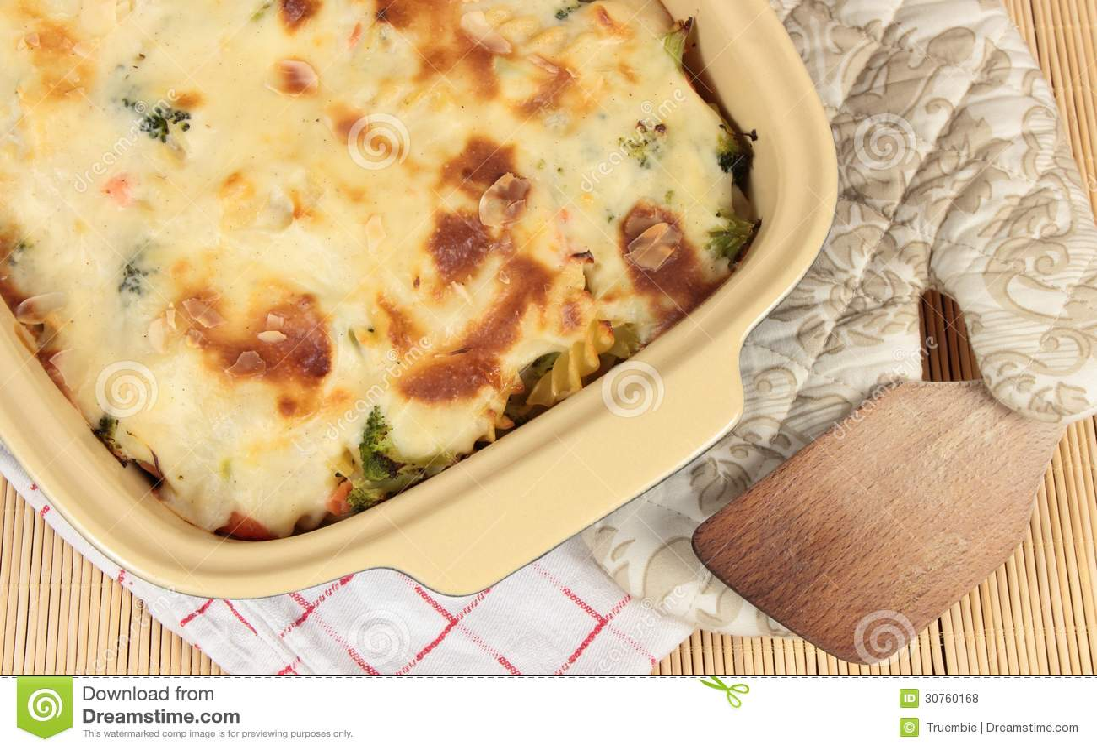 Bechamel Broccoli Fusilli Pasta Salmon