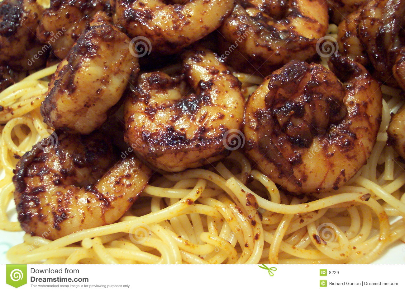 Pasta With Shrimp and Chili Sauce
