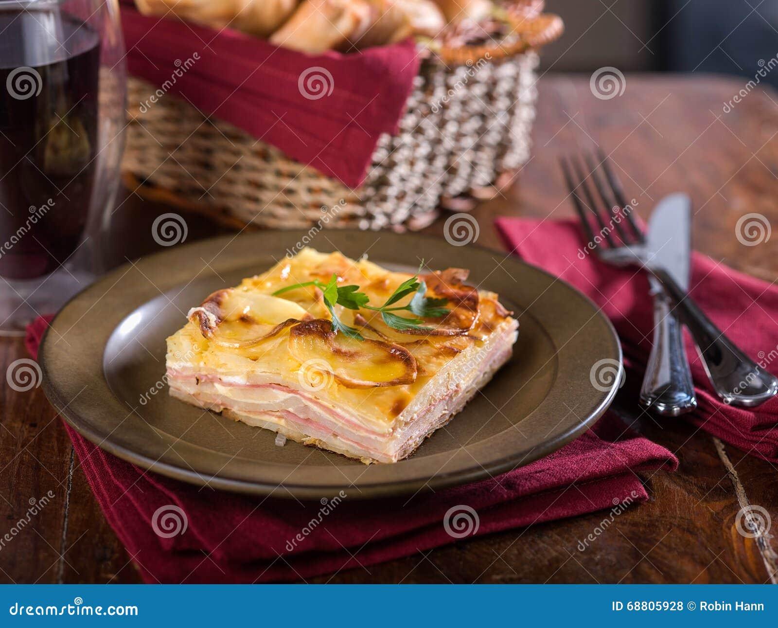 Pastel de Papa, una casseruola peruviana tipica della patata
