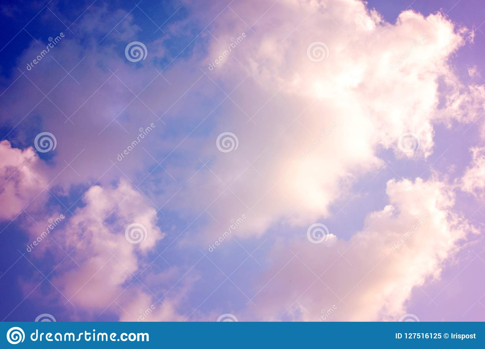Pastellrosawolken, buntes cloudscape