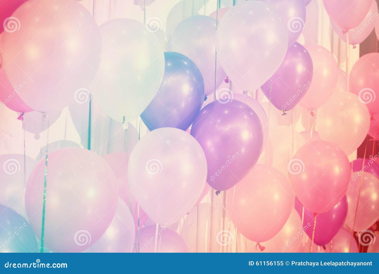 Pastelowego koloru balony