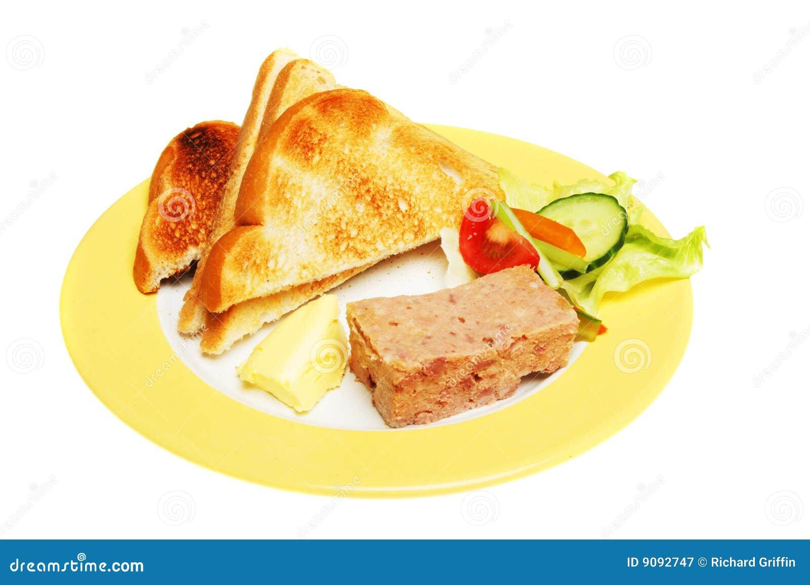 Pastete und Toast
