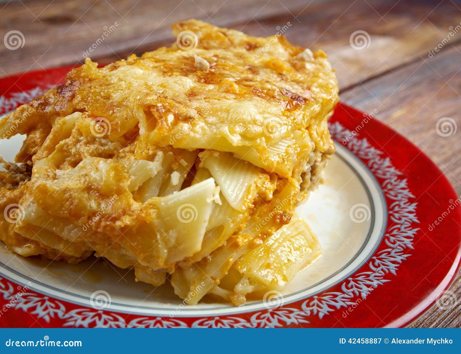 Pastitsio - griechischen und gebackenen Mittelmeerteigwaren