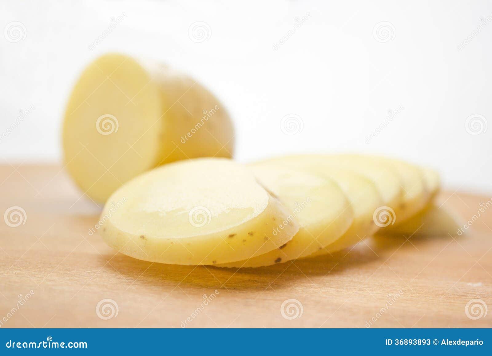 Download Patata affettata immagine stock. Immagine di veloce, pasto - 36893893