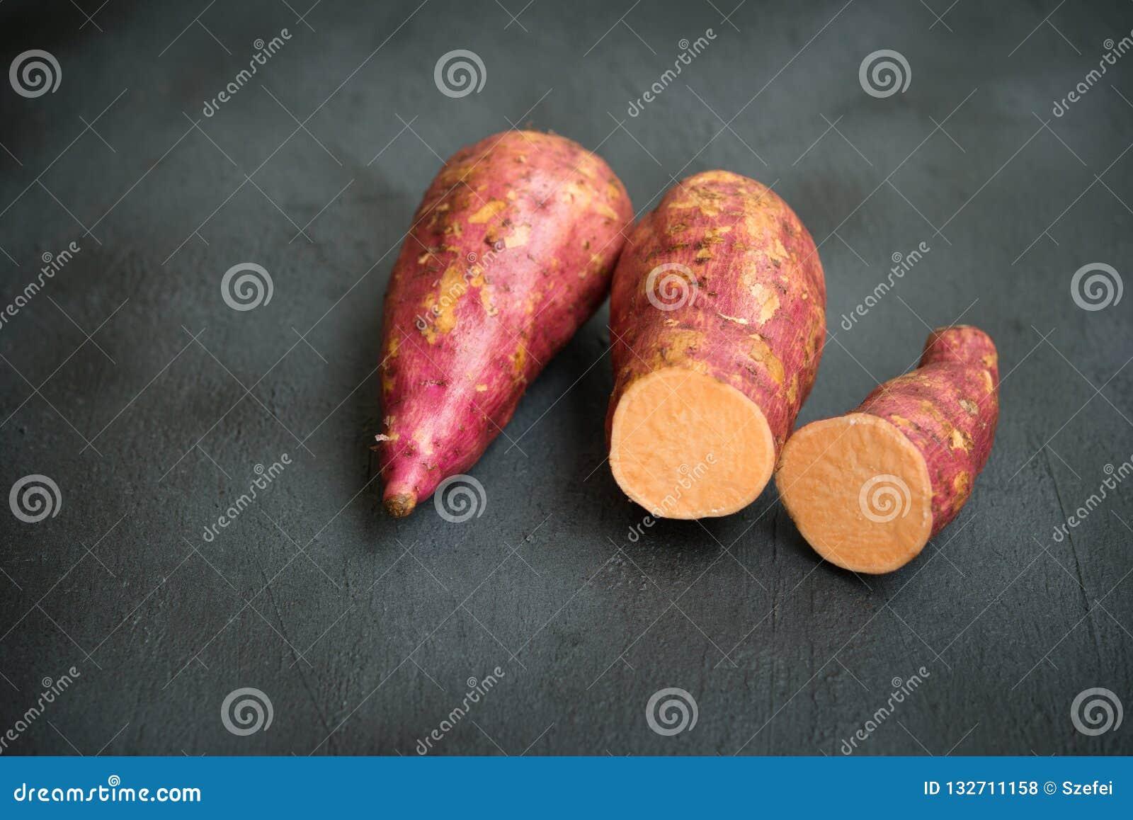 Patata dolce arancio fresca