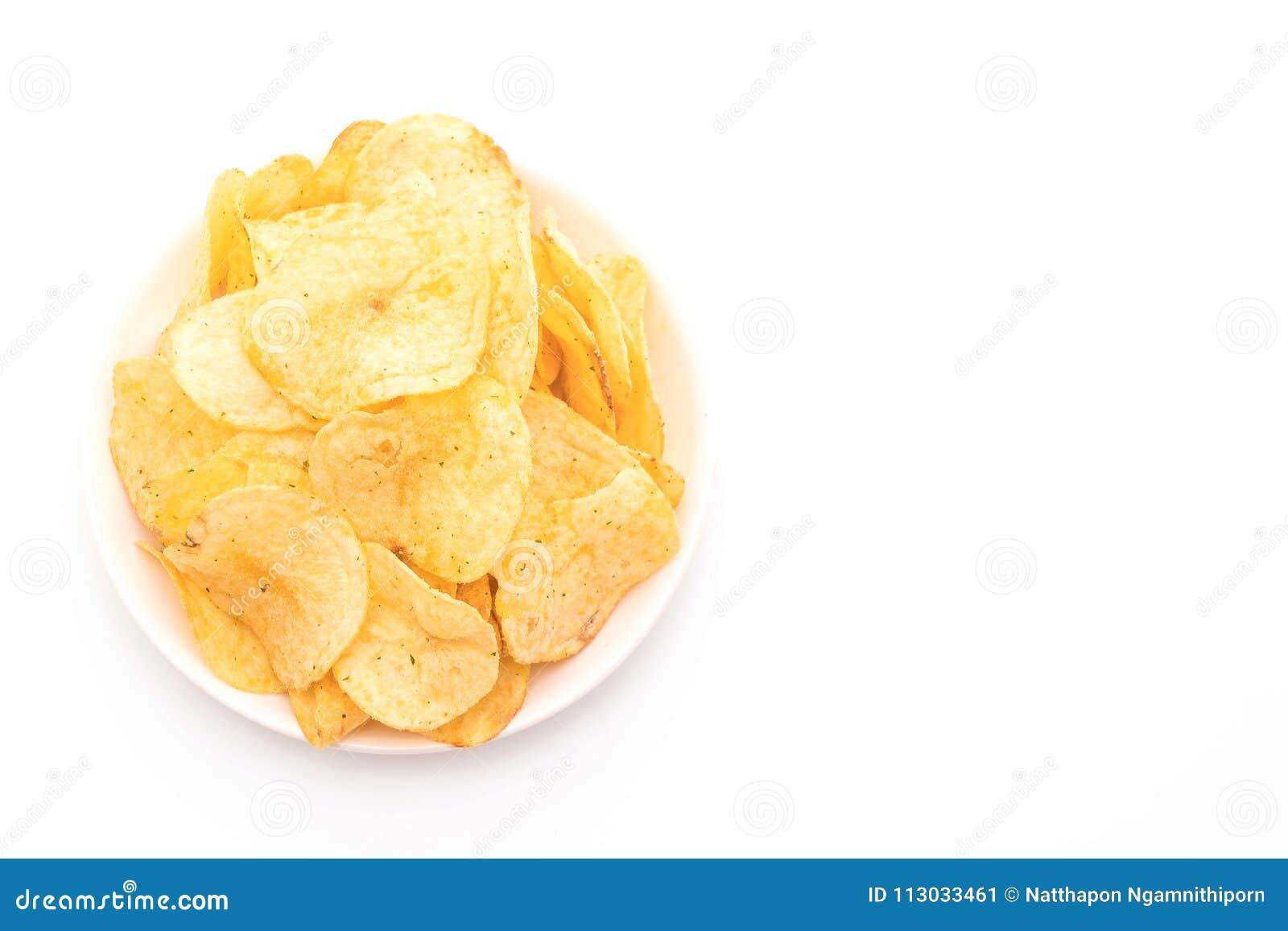 Patatas fritas en el fondo blanco