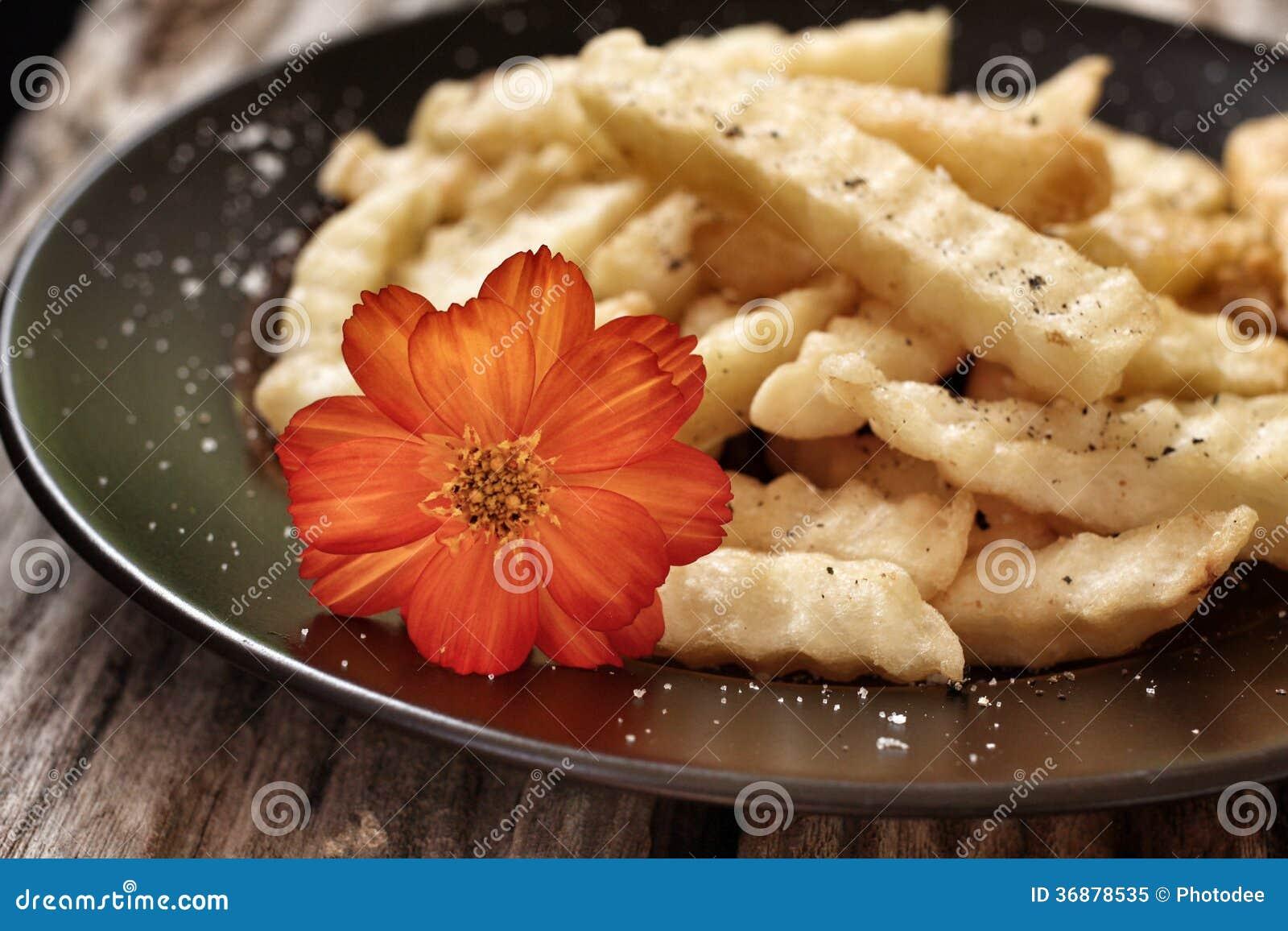 Download Patate fritte immagine stock. Immagine di americano, frigga - 36878535
