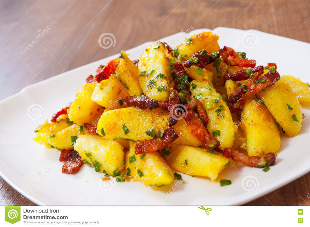 Patate fritte con bacon