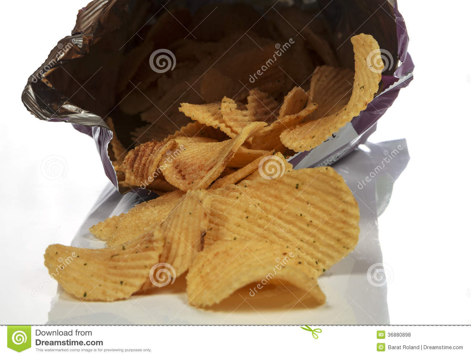Download Patatine fritte fotografia stock. Immagine di crunchy - 36880898