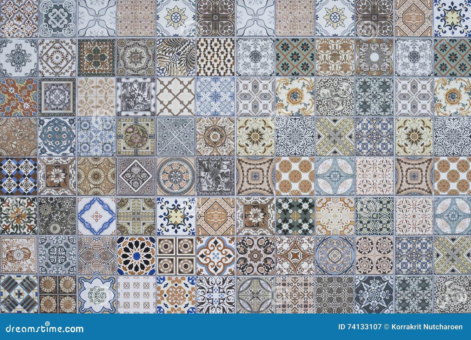 Patchwork färgrika målade Tin Glazed Ceramic Tilework Pattern för samling för prydnad för tegelplattagolv ursnygg sömlös
