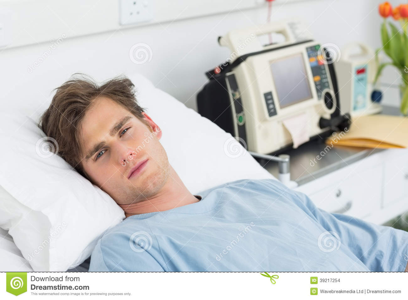 Patient In Hospital Bed : Patient Relaxing In Hospital Bed Stock Photo - Image: 39217254