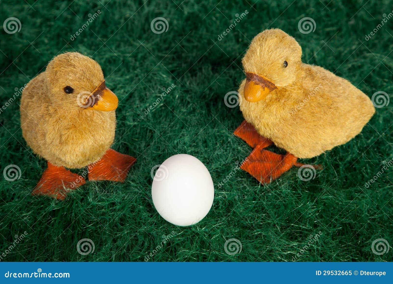 Patinhos macios bonitos de Easter