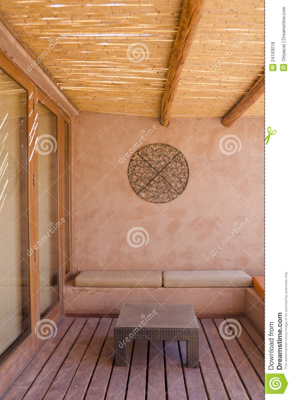 Delicieux Patio With Adobe Wall And Furniture Vertical
